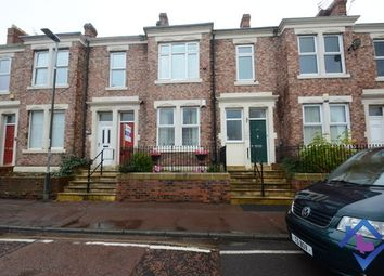 3 bed flat to rent in Brighton Road, Gateshead NE8