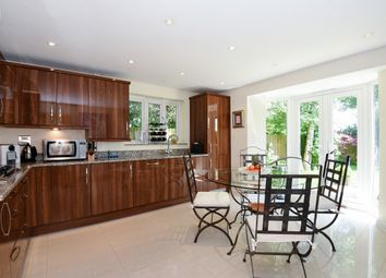 Thumbnail 3 bedroom detached house to rent in Laburnum Grove, St. Albans