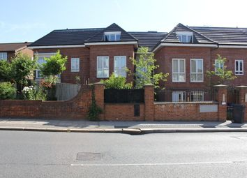 Thumbnail 1 bed flat to rent in Brunswick Park Road, London