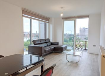 3 bed flat to rent in Lockgate Square, Salford M5