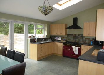 Thumbnail 3 bed detached house to rent in Windermere Road, Reading