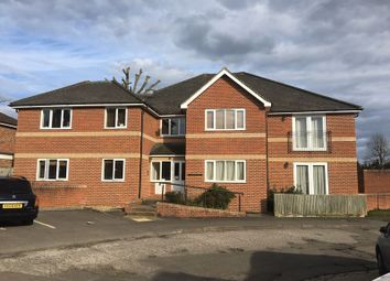 Thumbnail Studio to rent in Cavendish Road, Emmer Green, Reading