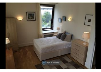 Thumbnail 3 bed flat to rent in Whitehouse, London