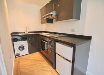Thumbnail 1 bedroom flat to rent in Enterprise House, Isambard Brunel Road, Portsmouth