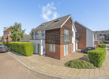 5 bed link-detached house for sale in Henrietta Chase, St. Marys Island, Chatham ME4