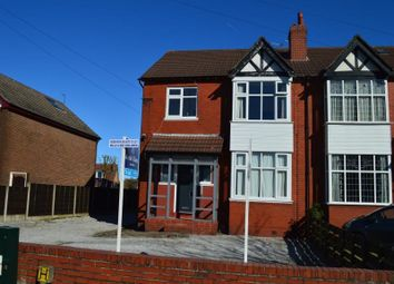 Thumbnail Room to rent in Dialstone Lane, Great Moor, Stockport