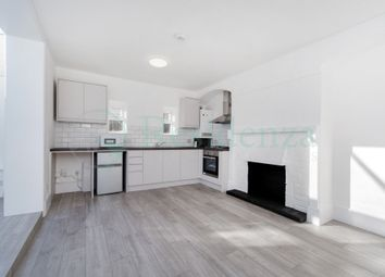 Thumbnail 1 bed flat to rent in Glossop Road, London
