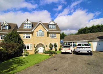 Thumbnail 5 bed detached house for sale in Heron Close, Glossop