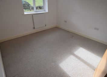 Thumbnail 3 bed town house to rent in Hawthorn Close, Keighley