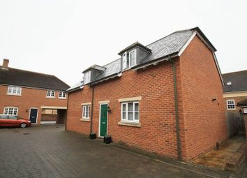 Thumbnail 3 bedroom detached house to rent in Stonehenge Road, East Wichel, Swindon