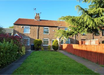 Thumbnail 2 bed terraced house for sale in Butchers Row, Hull