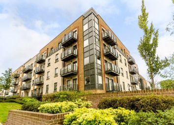 Thumbnail 3 bed flat to rent in Holford Way, Roehampton