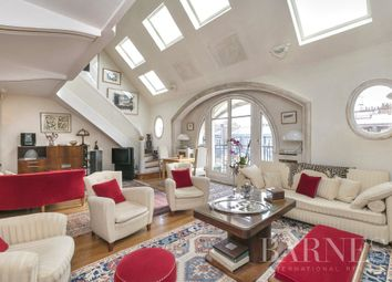 Thumbnail Apartment for sale in Paris 8th, 75008, France