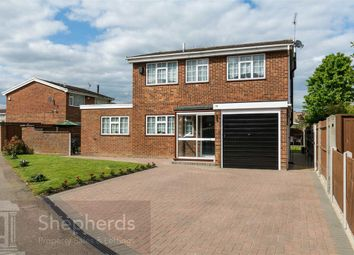 Thumbnail 4 bedroom detached house for sale in Clyfton Close, Broxbourne, Hertfordshire