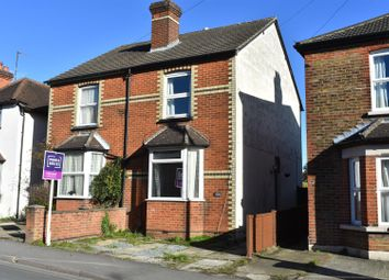 2 bed property for sale in Manor Road, Guildford GU2