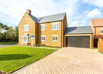 Thumbnail 5 bedroom detached house for sale in Henge Close, Adderbury, Banbury, Oxfordshire