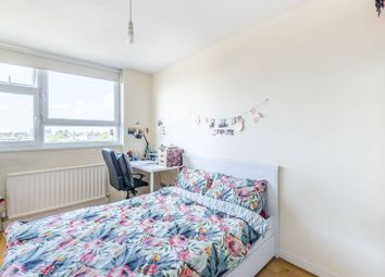 Thumbnail 2 bedroom flat for sale in Hall Street, Clerkenwell, London
