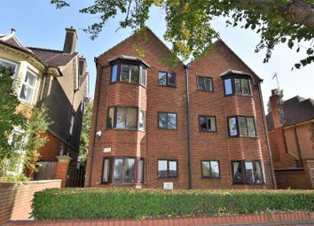 1 bed flat for sale in Queens Park Parade, Queens Park, Northampton NN2