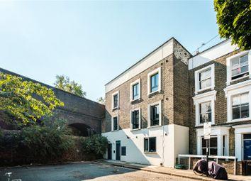 Dunford Road, London N7. 2 bed flat