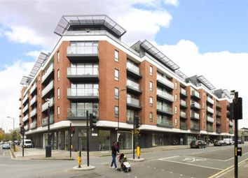 Thumbnail Parking/garage to rent in Central Street, London