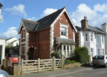 Thumbnail 3 bed detached house for sale in Standen Street, Tunbridge Wells