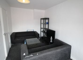 Thumbnail 4 bedroom flat to rent in Abercromby Avenue, High Wycombe