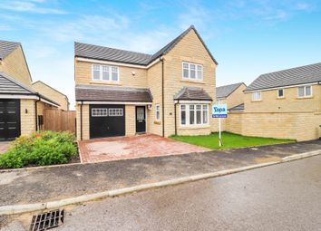 4 bed detached house for sale in Pavilion View, Huddersfield HD3