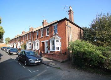 Queen Annes Terrace, Leatherhead KT22. 3 bed semi-detached house