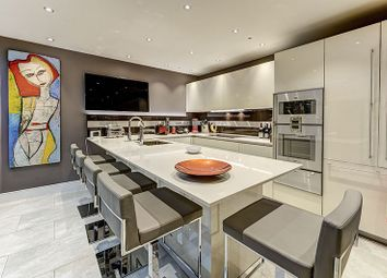 Thumbnail 3 bed property for sale in Elizabeth Street, London