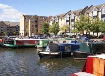 Thumbnail 1 bed flat to rent in Stephenson Wharf, Apsley Lock, Hemel Hempstead, Hertfordshire