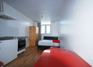 Thumbnail 1 bed flat to rent in Kember Street, London