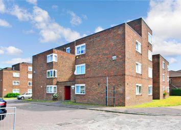 Hatfield Close, Ilford, Essex IG6. 2 bed flat