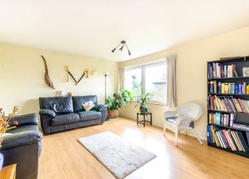 Thumbnail 3 bed flat to rent in Avenue Road, Penge, London