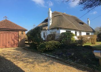 Thumbnail 3 bed detached house to rent in Coldhill Lane, Waterlooville