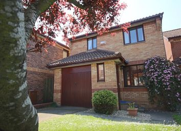 Thumbnail 3 bedroom detached house to rent in Erskine Road, Broxburn