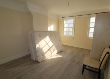 Thumbnail 5 bed flat to rent in Edgware, London