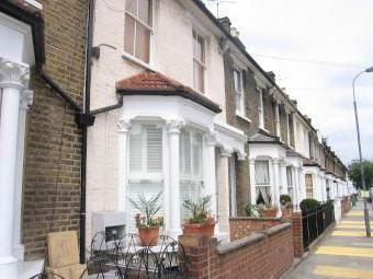 Thumbnail 5 bedroom terraced house to rent in Yeldham Road, London