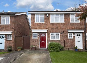 Thumbnail 2 bed property to rent in Jacklin Green, Woodford Green