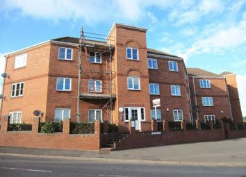 Thumbnail 2 bed flat to rent in Brades Rise, Oldbury