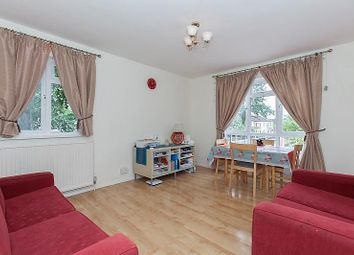 Thumbnail 2 bed flat to rent in Hydethorpe Road, Balham