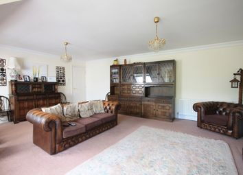Thumbnail 4 bed flat to rent in Lansdowne Road, Purley