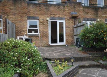 2 bed maisonette to rent in Schooner Close, London E14