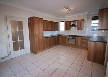 Thumbnail 2 bedroom flat to rent in Beauchamp Avenue, Leamington Spa