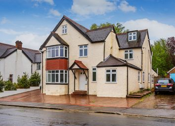 Thumbnail 2 bed flat for sale in Reddown Road, Coulsdon