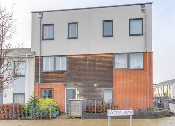 Thumbnail 5 bedroom town house for sale in Potter Mews, Colchester