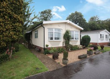 Coppice Farm Park, St. Leonards, Tring HP23. 2 bed bungalow