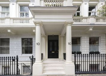 Thumbnail 2 bed flat for sale in Queen's Gate, South Kensington, London