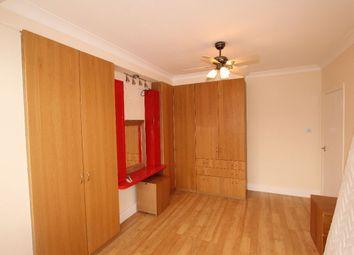 Thumbnail 3 bedroom flat to rent in Granham Gardens, London
