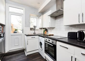 Thumbnail 2 bed property to rent in 18 Langley Road, Beckenham