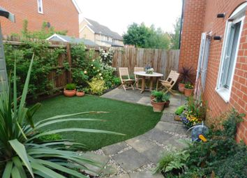 Thumbnail 2 bed flat for sale in Fieldfare Close, Stowmarket